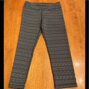 NWOT 90 Degree Girls Gray Cropped Leggings  12